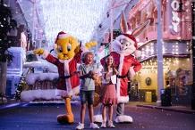 White Christmas at Warner Bros. Movie World