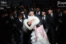 Met Opera - Manon