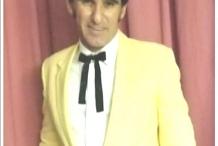 Elvis Singer