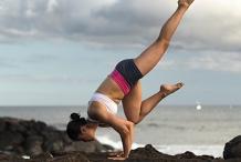 60 Minutes Free Virtual Yoga (Advanced) with Serena Xu — VIC