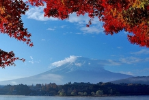 Virtual Lake Kawaguchi Walk with Panoramic Ropeway in Autumn