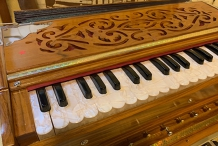 BEGINNERS HARMONIUM WORKSHOPS