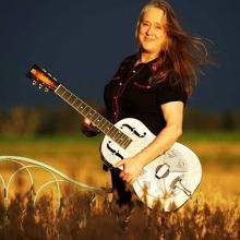 Sunday Arvo Sessions - Fiona Boyes!