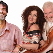 Bonnie & the BoyZ! Trio