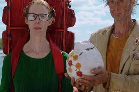 Online - Virtual Community Movie Lost in Paris