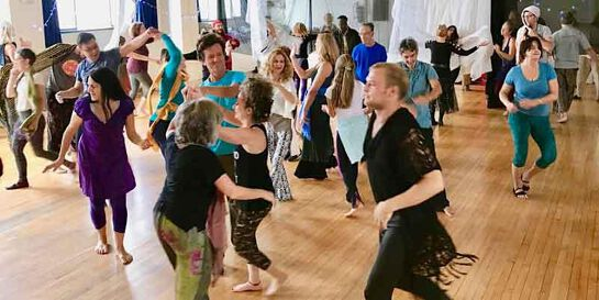 Free  Form Dance w/ the L.A. Dance Collective (every Saturday)