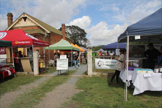 Southern Harvest Farmers Market in Bungendore