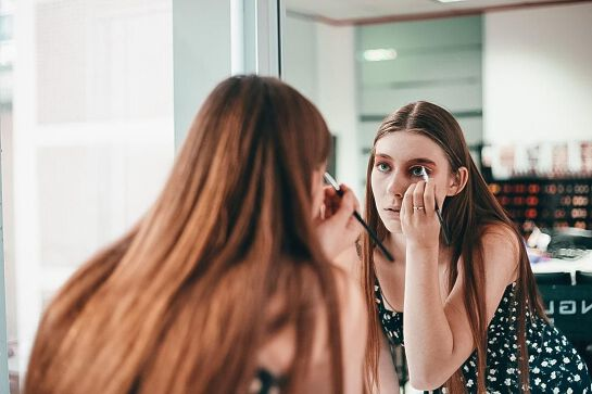 Introduction to MakeUp Artistry