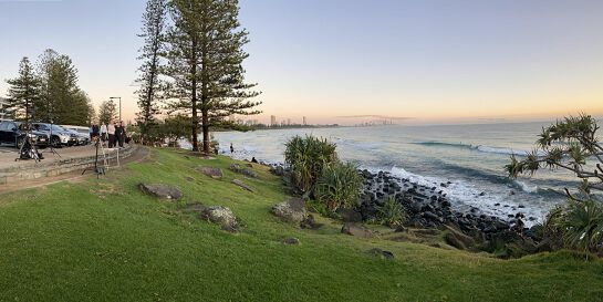 5:00 am Every Thursday - BURLEIGH POINT -30 min walk/run then coffee/chai