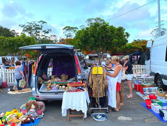 Carrara Markets Car Boot Sale