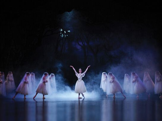 Queensland Ballet's Giselle - Outdoors at HOTA