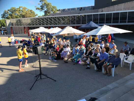 Banjo Paterson Australian Poetry Festival - Brekky and Poetry on the Pavers
