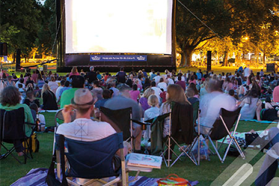 Moonlight Movies (Bunting Park, Calliope)
